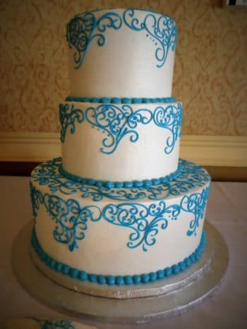 blue design tier cake