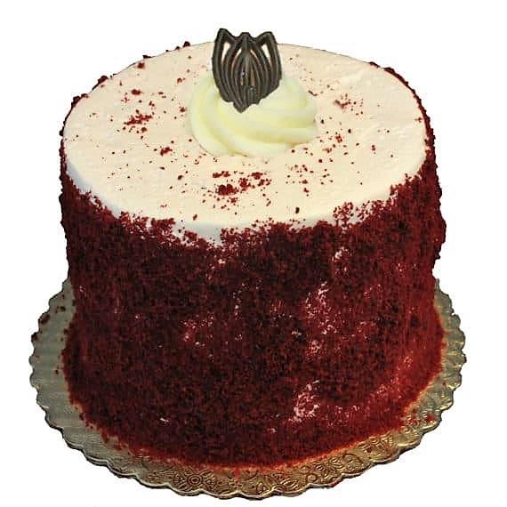 redvelvetdessertcake-570×570